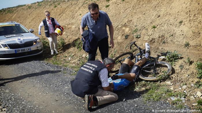 Paris-Roubaix: Goolaerts schwer gestürzt