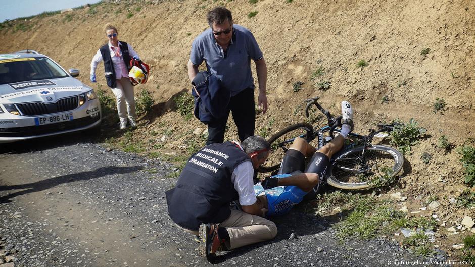 Trauer und Fragen nach dem Tod von Michael Goolaerts | Sport | DW ...