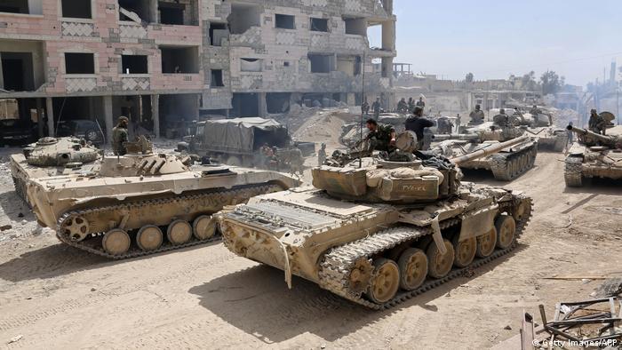 Tanks in Syria