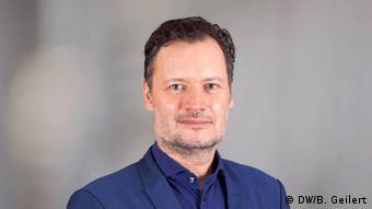 Deutsche Welle Pfeifer Hans Portrait (DW/B. Geilert)