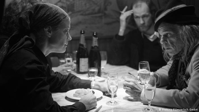 Film still 3 Days in Quiberon - Romy Schneider and a bar guest (Denis Lavant)