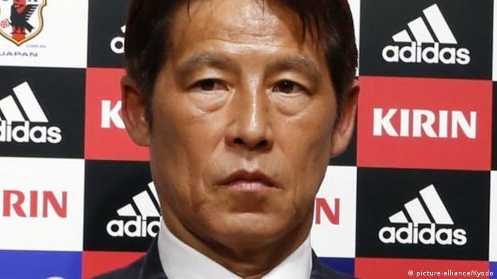 آکیرا نیشینو، هدایت تیم ملی فوتبال ژاپن را بر عهده گرفته است