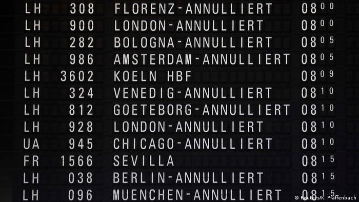 Deutschland Verdi ruft zu Warnstreiks auf - Flughafen Frankfurt