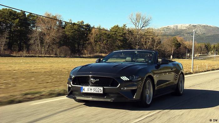 Motor Mobil - Ford Mustang Cabriolet