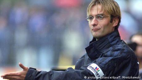 Deutschland Mainz 05-Trainer Jürgen Klopp 2001 (picture-alliance/dpa/T. Mrotzkowski)