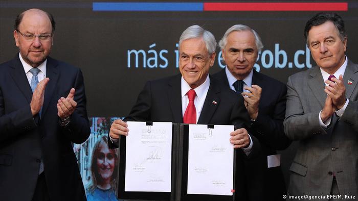 Chile Präsident Sebastian Pinera präsentiert neues Einwanderungsgesetz (imago/Agencia EFE/M. Ruiz)