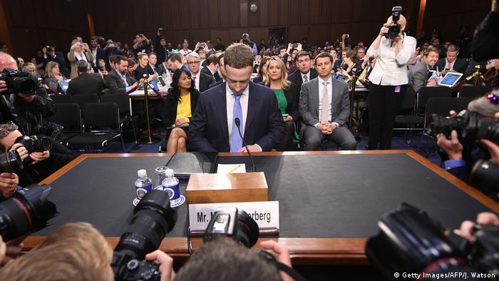 USA Facebook-Chef Zuckerberg sagt vor Handelsausschuss des Repräsentantenhauses zu Skandal um Missbrauch von privaten Nutzerdaten aus