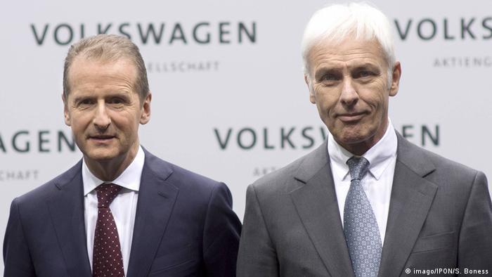 Deutschland VW Herbert Diess und Matthias Müller (imago/IPON/S. Boness)