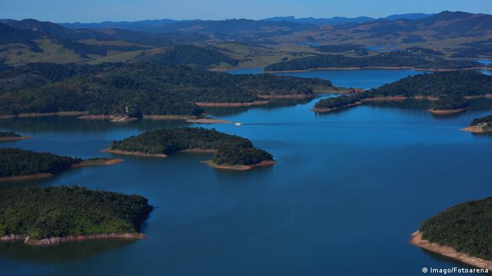 Reservoir near Paraibuna, Brazil