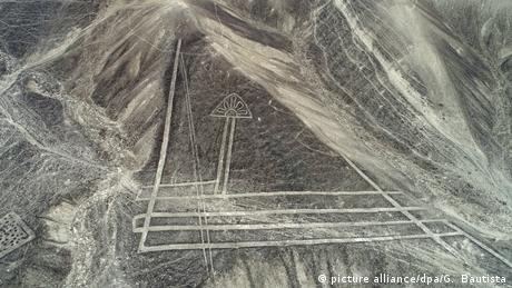 Geoglyphen in der peruanischen Provinz Palpa (picture alliance/dpa/G. Bautista)