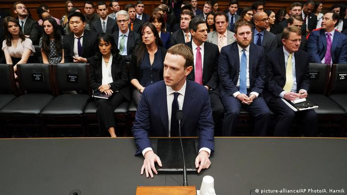 Zuckerberg na saslušanju u Kongresu