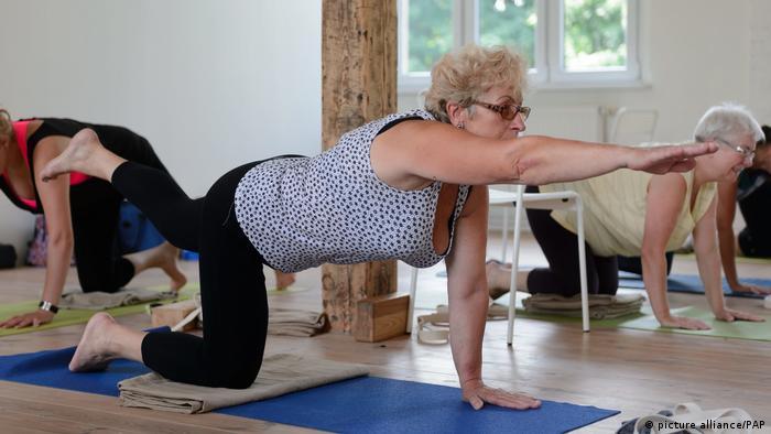 Senioren im Fitnessstudio (picture alliance/PAP)