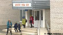 Ost Ukraine Schulbus für die Kinder aus Donbass