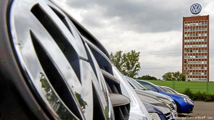 VW-Zentrale Wolfsburg (picture-alliance/dpa/P. Lux)