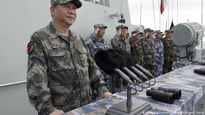 China Militärmanöver Xi JinpingXi Jinping (picture-alliance/AP Photo/Xinhua/L. Gang)
