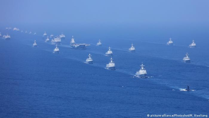 China Militärmanöver (picture-alliance/Photoshot/M. Xiaoliang)