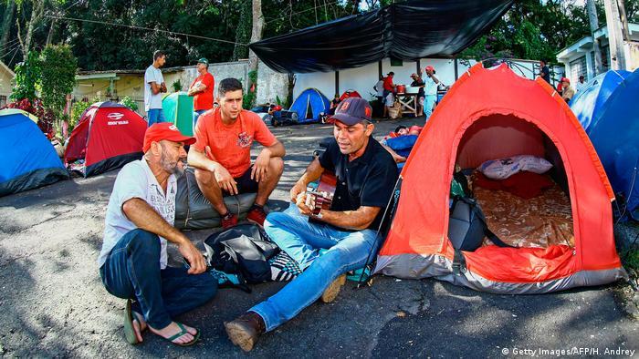 Brasilien Curitiba Protest-Lager gegen Haft von Lula