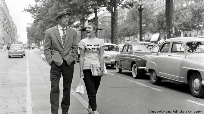 Filmstill Jean-Paul Belmondo und Jean Seberg in Außer Atem