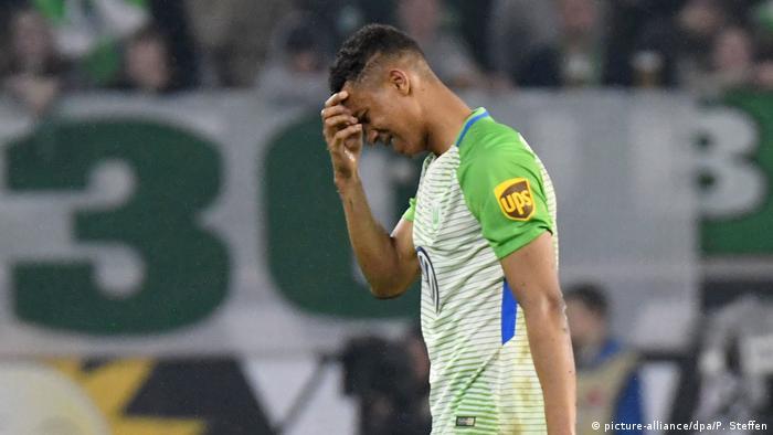 Fußball Bundesliga FC Augsburg - VfL Wolfsburg - Spielende