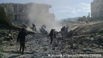 Зруйновані під час бойових дій будинки у Хан-Шейхуні