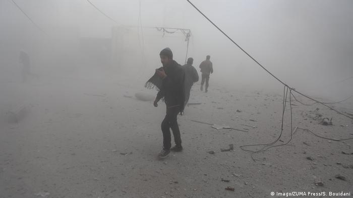 Syrien - Giftgasangriff auf Duma (Imago/ZUMA Press/S. Bouidani)