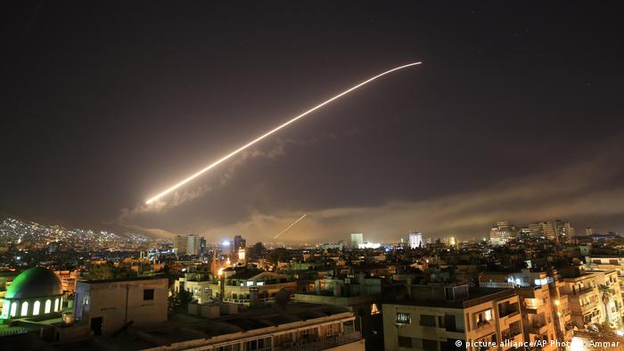 Syrien - US-Militärschlag auf Damaskus (picture alliance/AP Photo/H. Ammar)