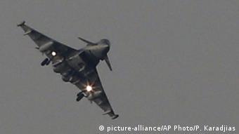Zypern Kampfjet nach Einsatz