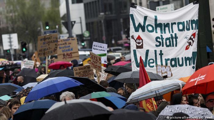 Berlin Großdemo gegen Verdrängung und hohe Mieten