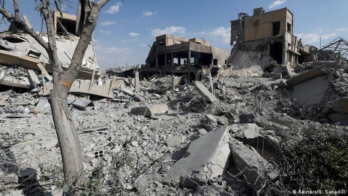 Syrien Krieg - Damaskus nach Angriff durch die USA, Frankreich & Großbritannien | Scientific Research Centre (Reuters/O. Sanadiki)