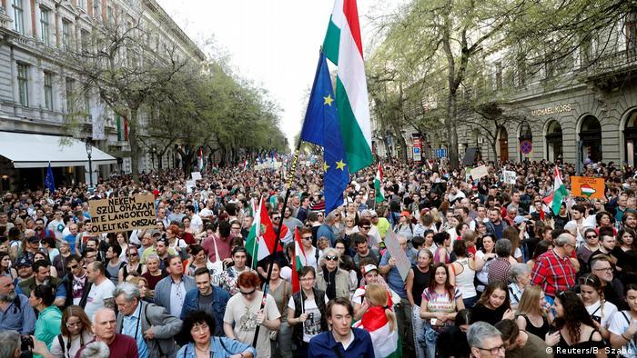 Macaristan'da Orban protestosu
