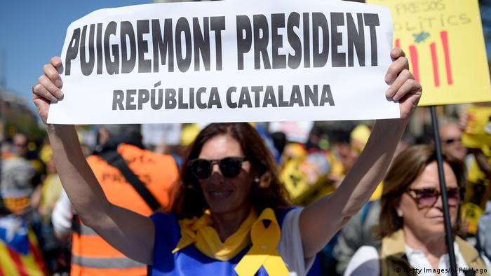 Demonstrations have continued in Barcelona for Puigdemont and Catalonian independence