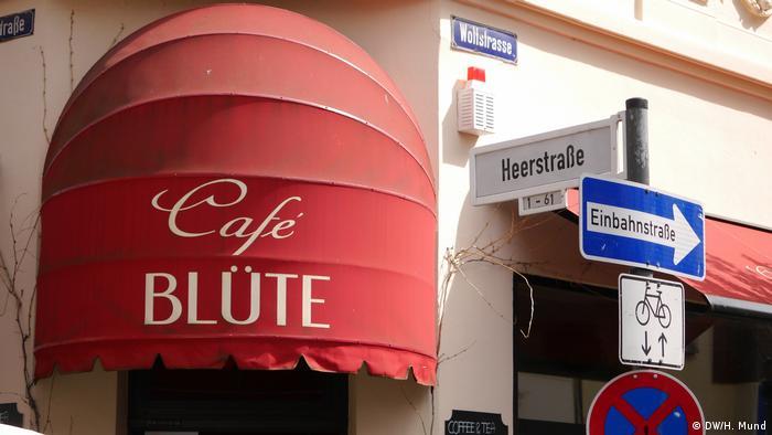 shop awning reading Café Blüte (DW/H. Mund)