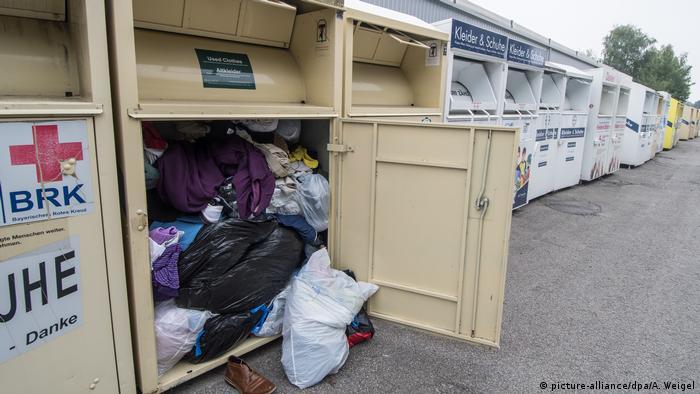 Recycling Altkleider Altkleidercontainer