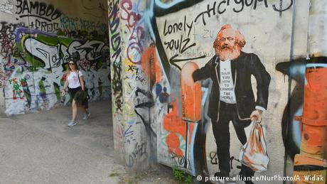 Deutschland Karl Marx Street Art in Berlin (picture-alliance/NurPhoto/A. Widak)