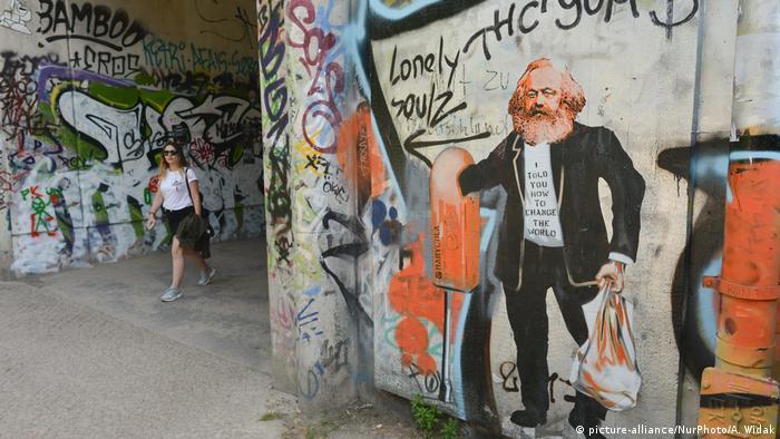 Deutschland Karl Marx Street Art in Berlin (picture-alliance/NurPhoto/A. Widak)