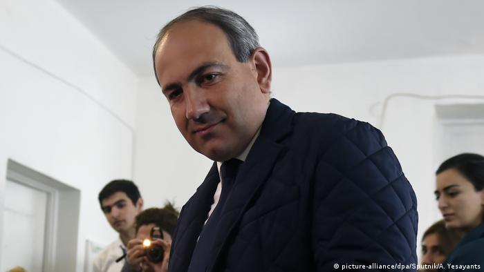 Armenia arrests anti-govt protest leader amid unrest