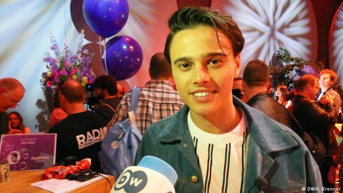 Alekseev в интервью DW перед концертом Eurovision in Concert в Амстердаме 14 апреля 2018 года