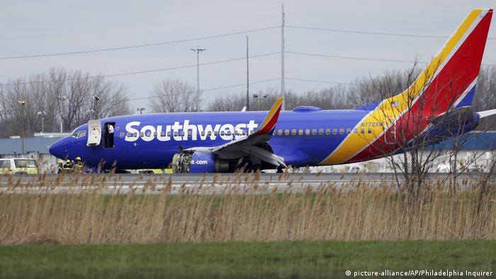 Philadelphia Southwest Airlines Norlandung (Foto: picture-alliance/AP/Philadelphia Inquirer)