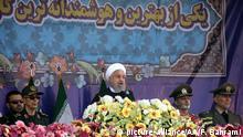 Iran Hassan Rouhani bei der Militärparade in Teheran