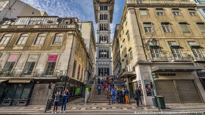 Една от туристическите атракции на Лисабон
