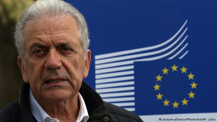 دیمیتریس آوراموپولوس، کمیسر اتحادیه اروپا، از آمادگی احیای قانون مقابله با تحریمهای آمریکا درصورت لزوم خبر داده است