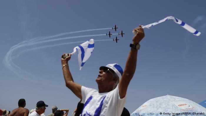 Israel Feierlichkeiten zum 70. Jahrestag | Flugshow (Getty Images/AFP/A. Gharabli)
