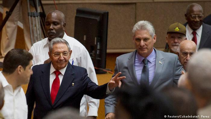 Cuba's President Raul Castro and First Vice-President Miguel Diaz-Canel arrive for a session of the National Assembly in Havana (Reuters/Cubadebate/I. Perez)