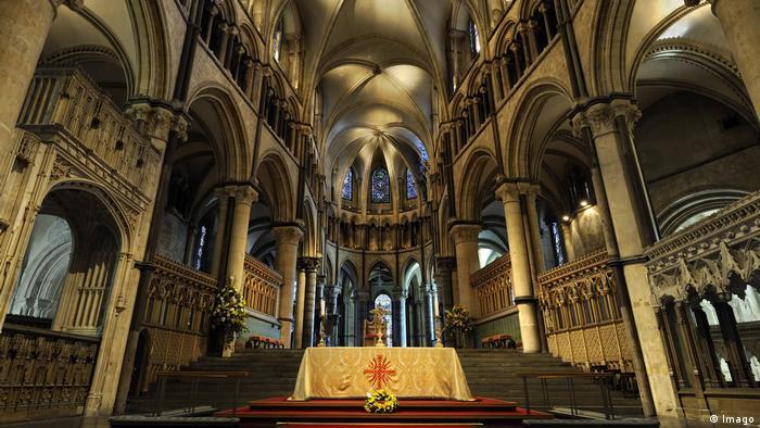Großbritannein Innenansicht der Kathedrale von Canterbury (Imago)
