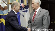 USA Washington Olaf Scholz trifft Mike Pence