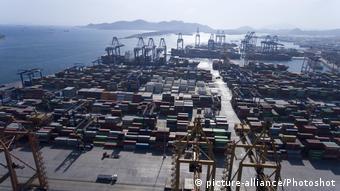 Греческий порт Пирей