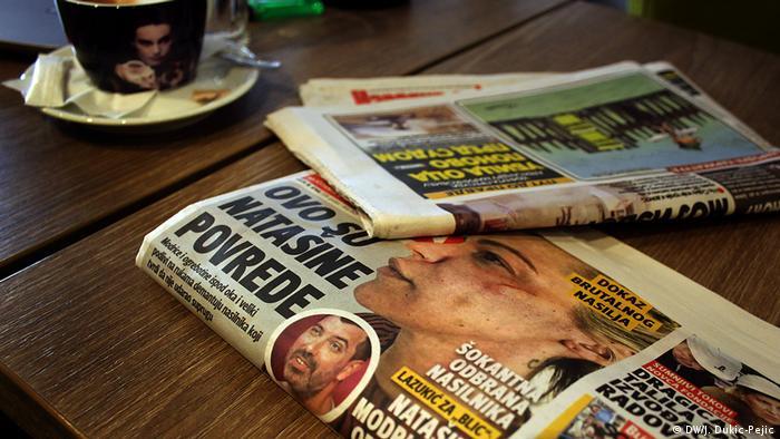 Schlagzeilen in Serbien über Gewalt an Frauen