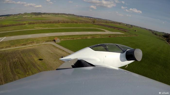 Lilium flying taxi (Lilium)