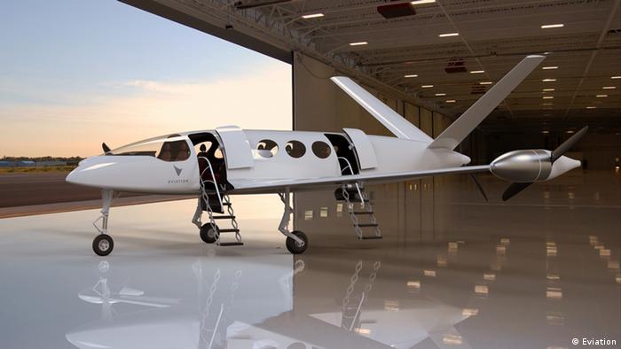 Umweltfreundliches Fliegen mit Elektroflugzeuge, Beispiel Eviation (Eviation)