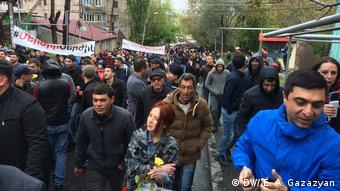 Во время протестов в Ереване 21 апреля